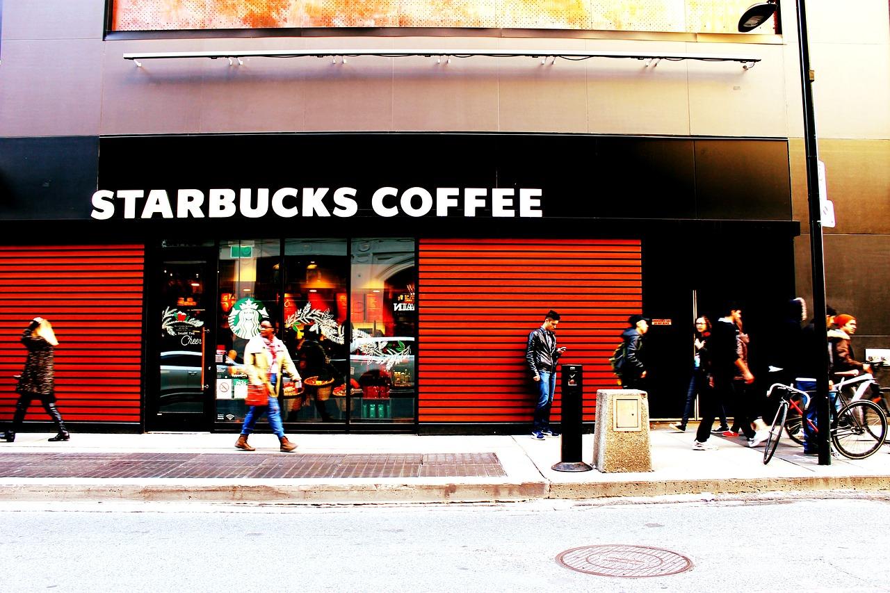 starbucks-coffee-facade